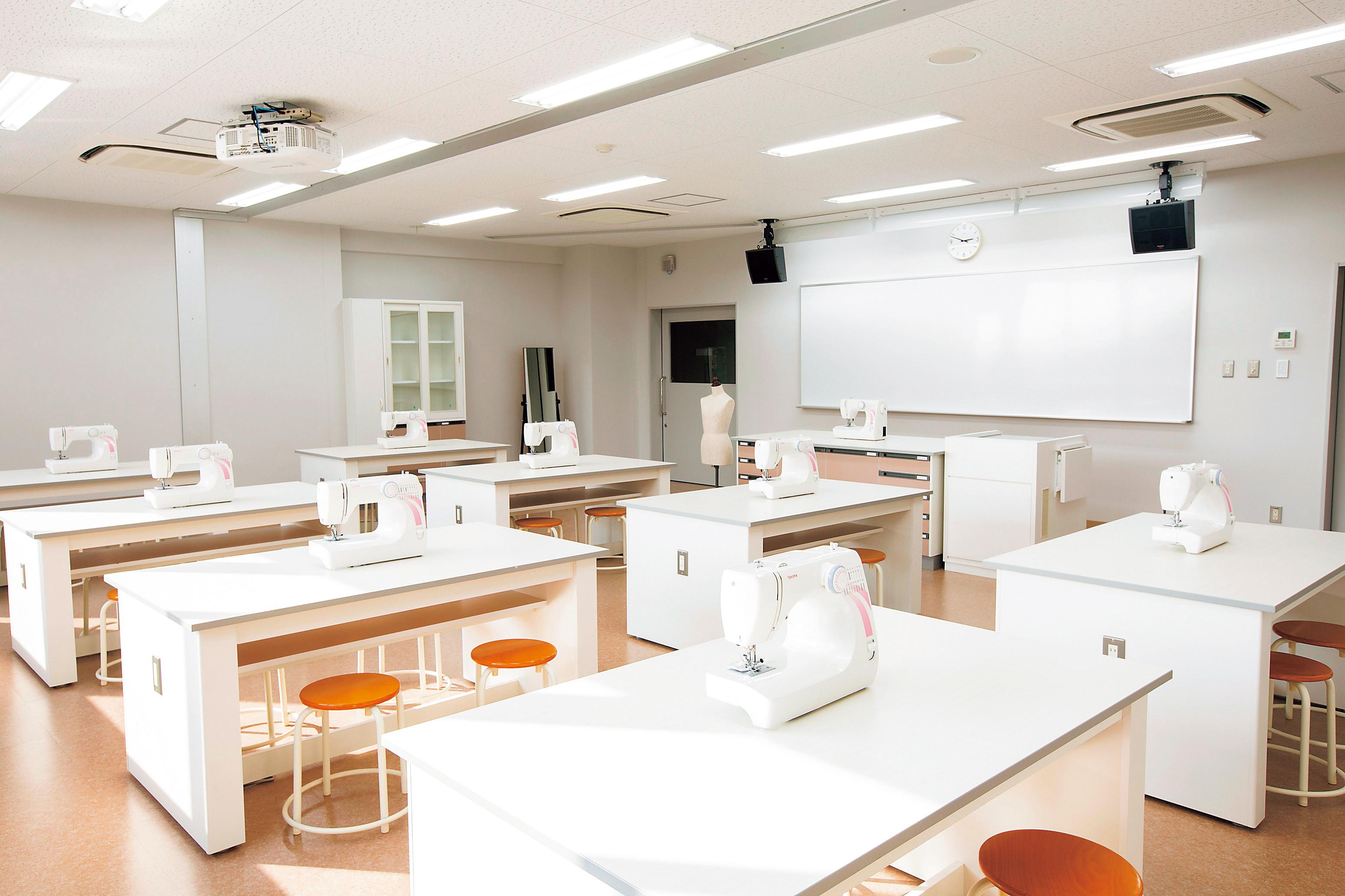 家庭科実習室2