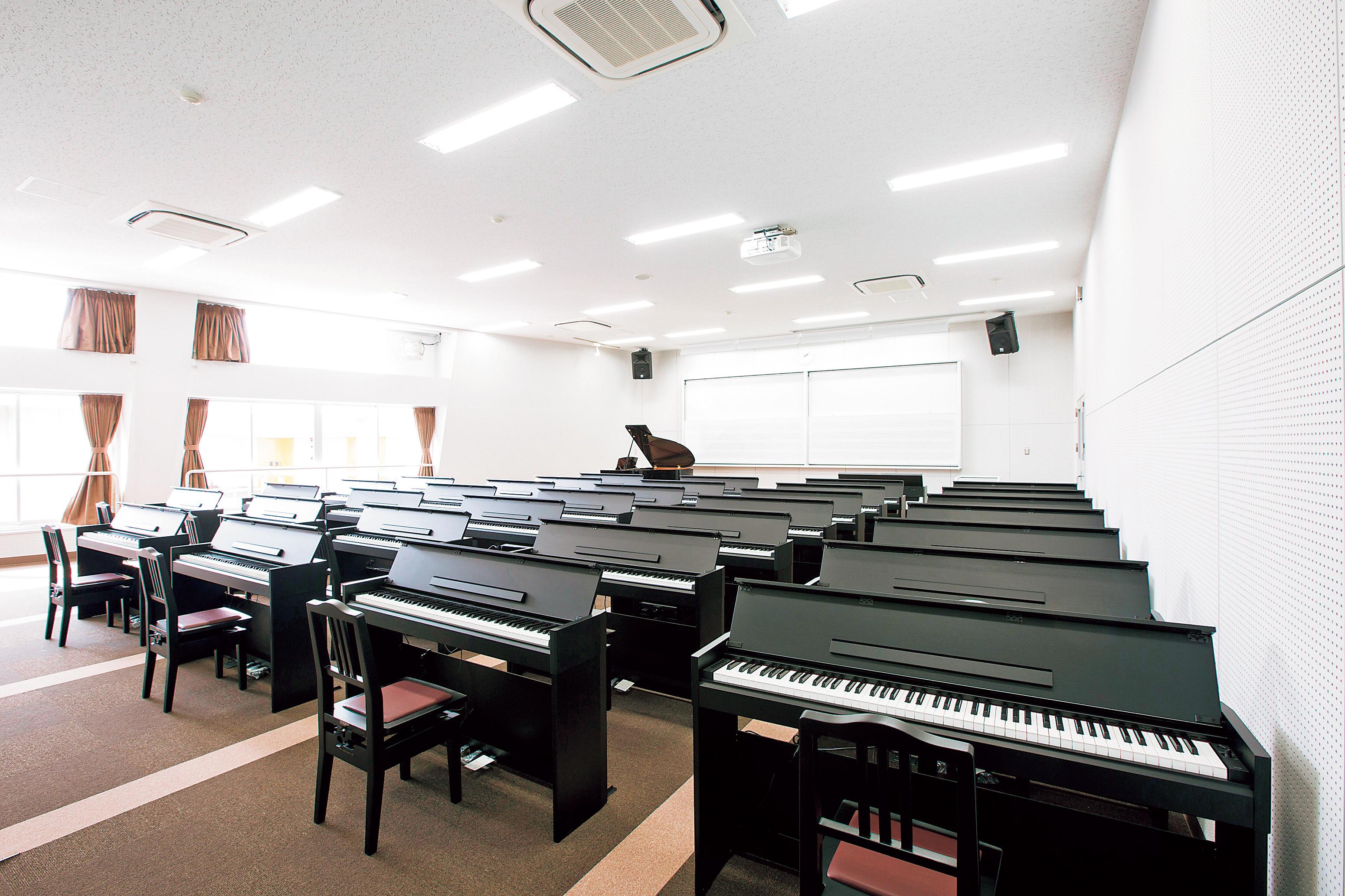 音楽実習室1